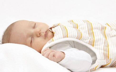 小儿肺炎的早期症状 小儿肺炎是怎么引起的