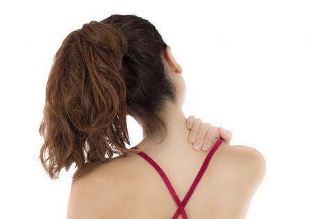 颈椎病的症状 颈椎病症状及治疗