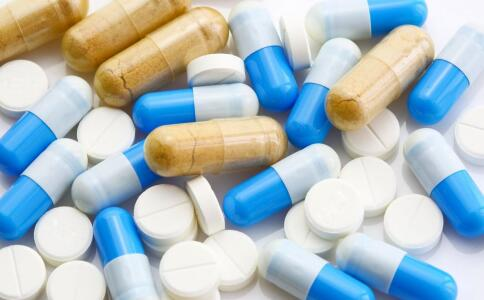 吃中药好还是西药好 西药和中药可以一起吃吗