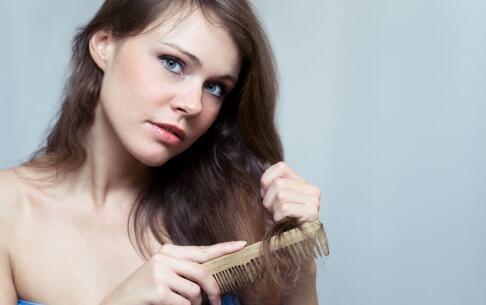 头发掉的厉害是什么原因 掉头发是什么原因