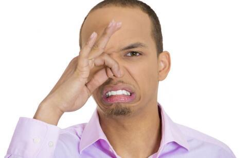 口臭的原因和治疗方法 口臭是什么原因