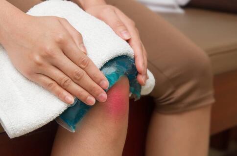 膝关节损伤如何治疗 膝关节疼痛的治疗