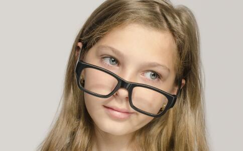 近视500度平时不戴眼镜会怎样