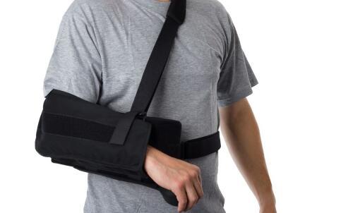 腰椎骨折的治疗方法 骨折吃什么恢复快