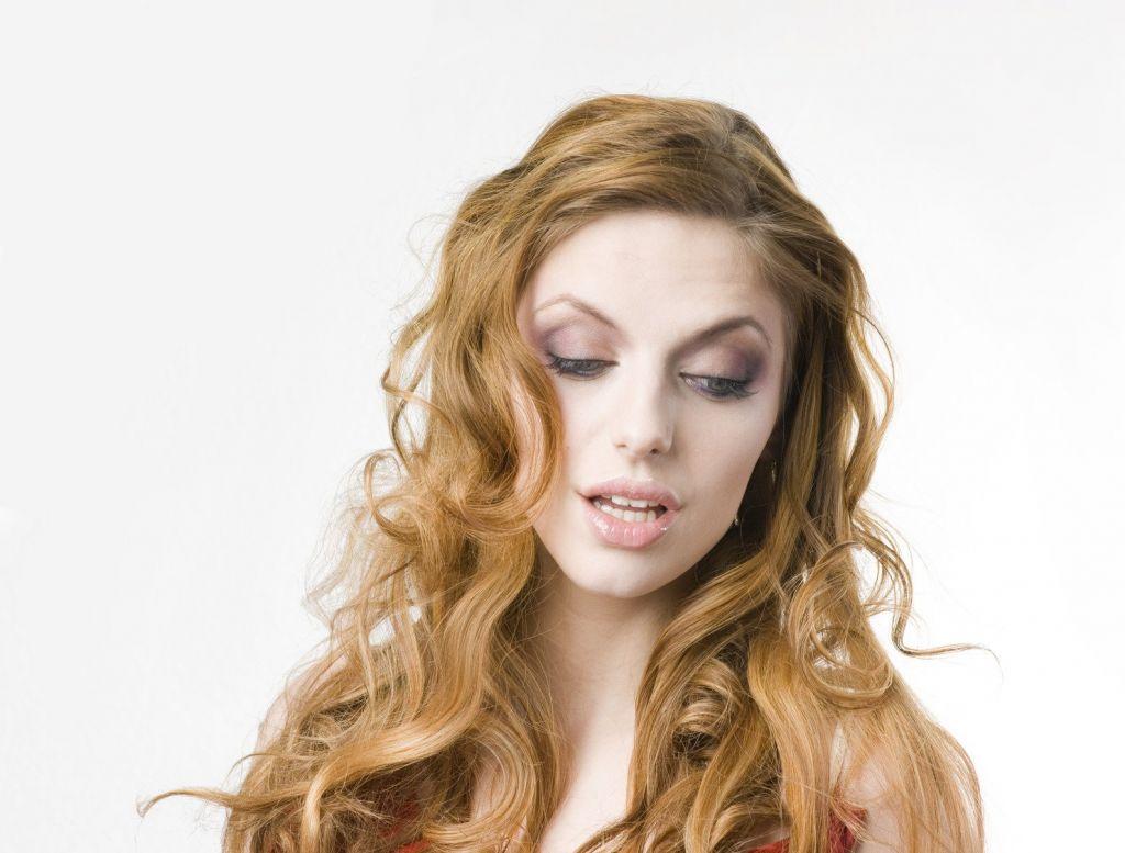 头发掉的比起以前厉害怎么回事 脱发的原因有哪些