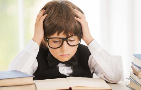 孩子近视有多普遍 父母的责任不小