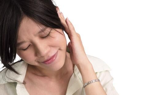 中耳炎的症状与治疗 中耳炎如何治疗