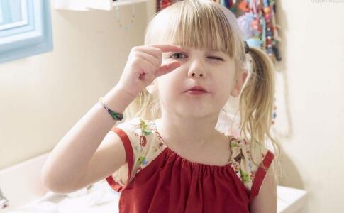 小孩斜视怎么治疗 儿童斜视手术最佳年龄